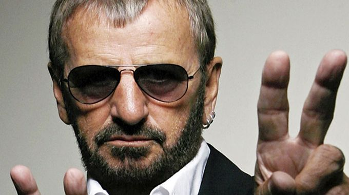 GOODNIGHT VIENNA – RINGO STARR