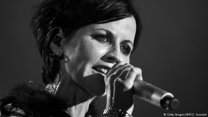 MUERE DOLORES O'RIORDAN, THE CRANBERRIES