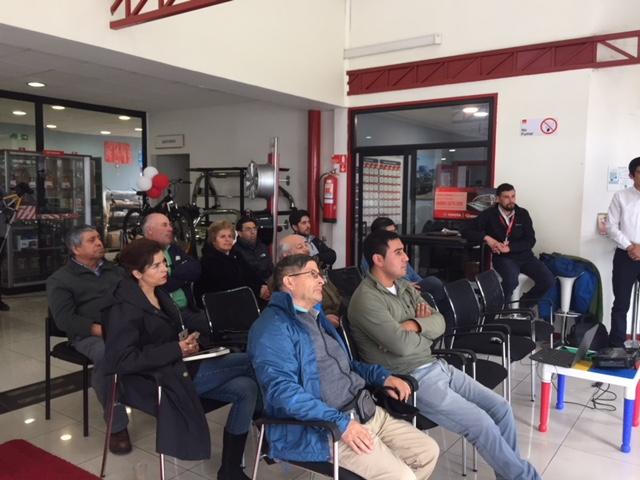 SERVIMAQ REALIZA CHARLA DE SEGURIDAD VIAL A SUS CLIENTES
